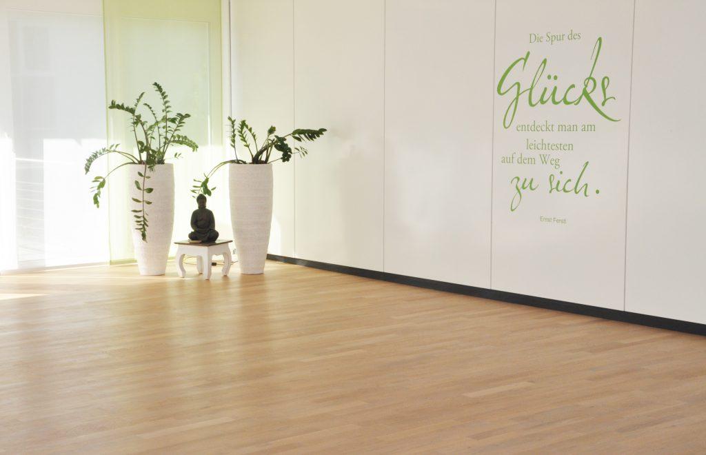 galerie yogaraum raum f r yoga. Black Bedroom Furniture Sets. Home Design Ideas